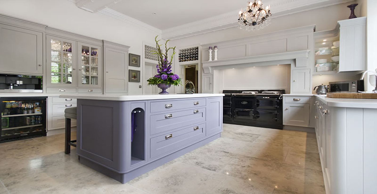 Kitchen design cabinet supplier commercial cabinetry for Kitchen cabinets hialeah